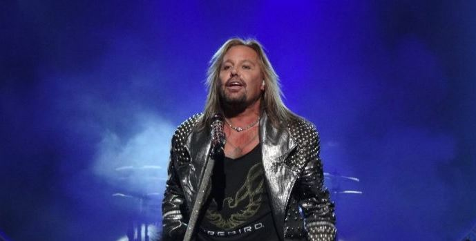 Vince Neil Net Worth In 2020 Updated Aqwebs Com