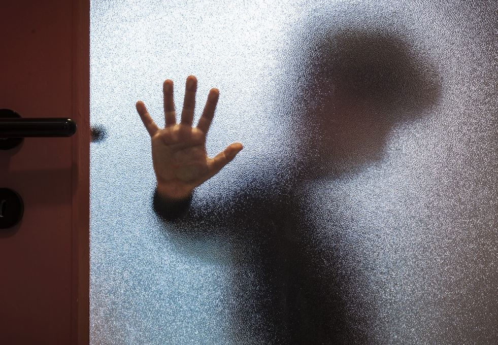 New Research Finds People Who Experience Childhood Trauma Age Faster
